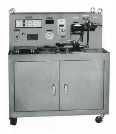 油圧サーボ自動制御実験装置